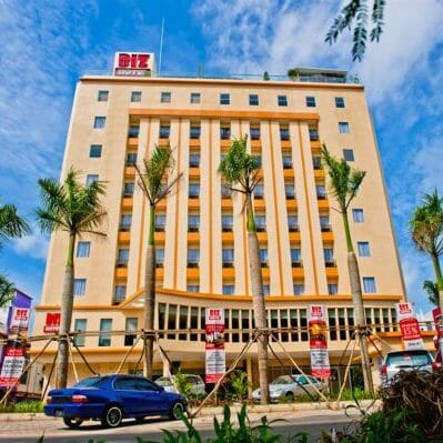 biz hotel batam package building