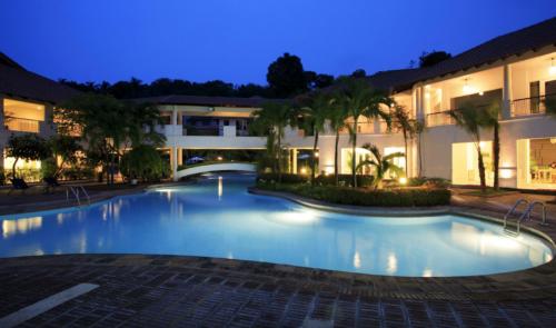 Nongsa Point Resort Batam Package Pool Area