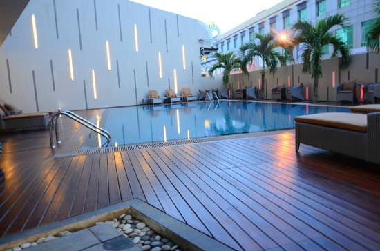 batam nagoya hill hotel review pool