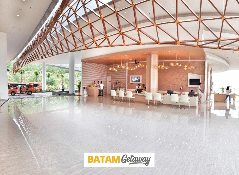 batam harris resort barelang package lobby (2)